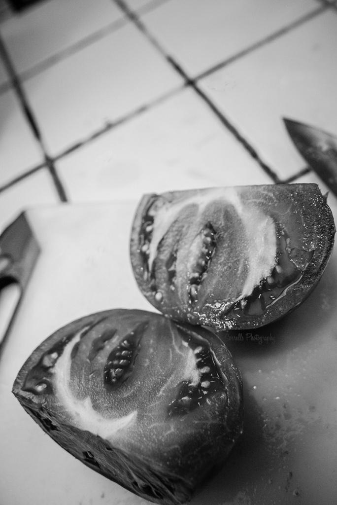 Sorrells Photography-heirloom tomatoes