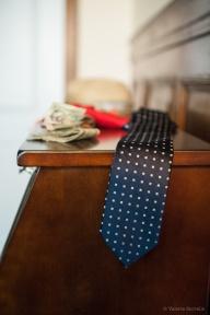 Groomsmen's tie